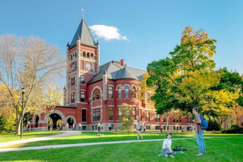 Университет Нью-Гемпшира - University of New Hampshire - 1